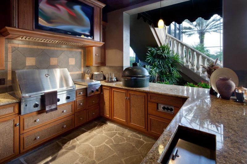 outdoor kitchen in custom home